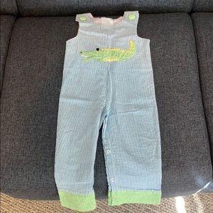 Mudpie 12-18 mo seersucker overalls with alligator